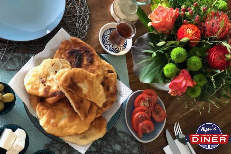 Pisi Tarifi - Frittierte Teigtaschen Türkisch