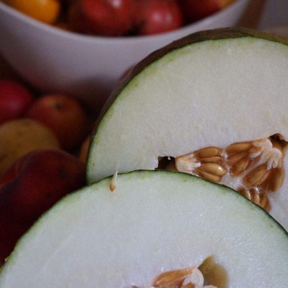 Pfirsich Smoothie mit Melone und Leinsamen