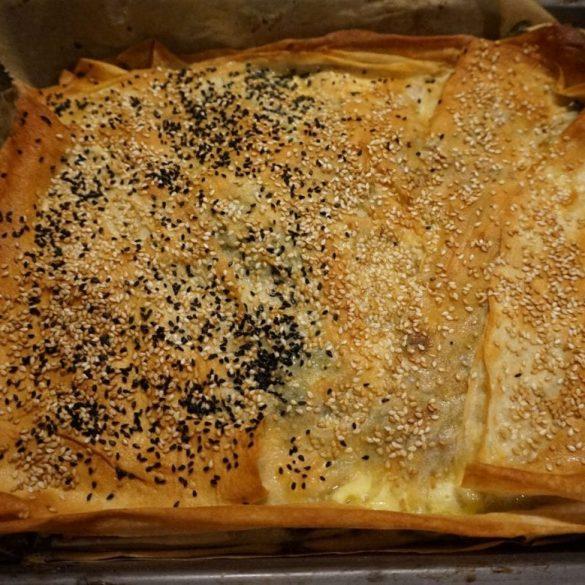 Tepsi Böreği - Börek im Blech