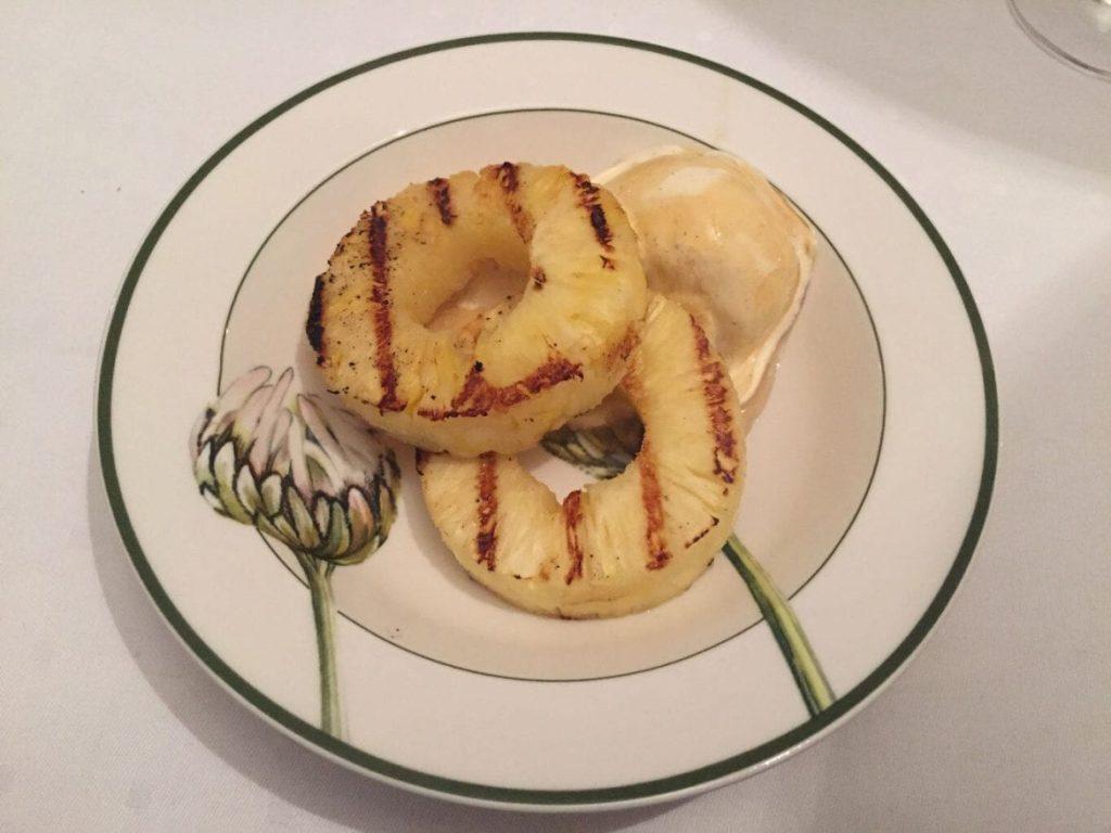 gegrillte Honig-Ananas