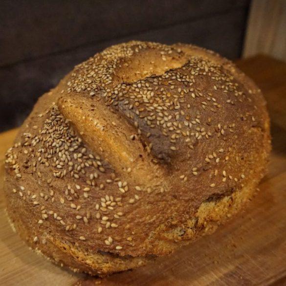 einfaches Dinkel Sesam Brot