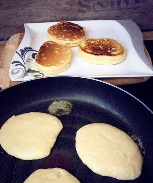 Dicke-fluffige Pancakes nach amerikanischer Art