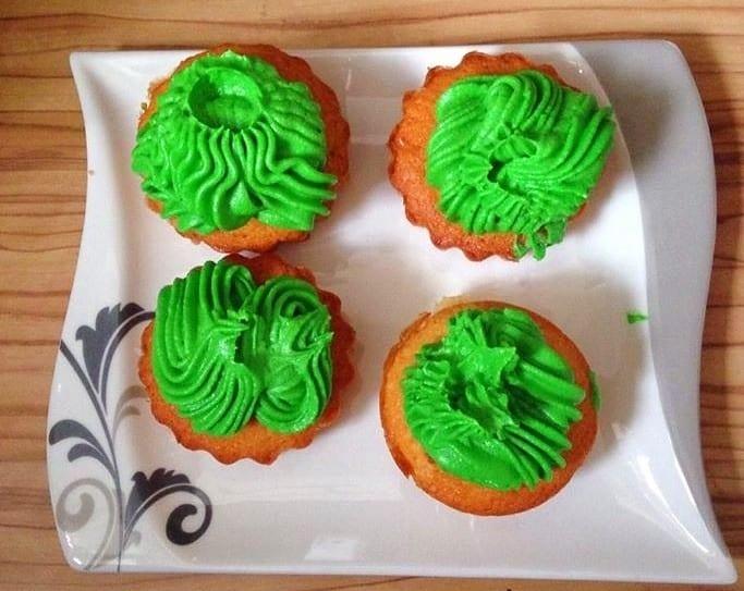 Hulk-Grüne Muffins mit Frosting