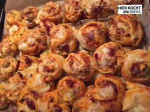 Pizzaschnecken mit Salami und Käse