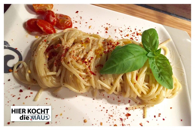 Spaghetti mit weißer Sauce