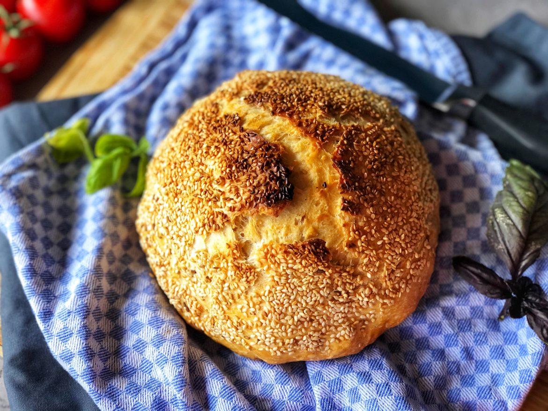 Brot im Römertopf