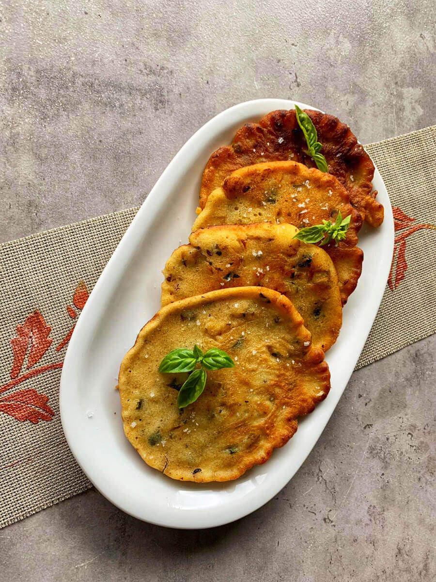 kartoffel zucchini-puffer mit haferflocken