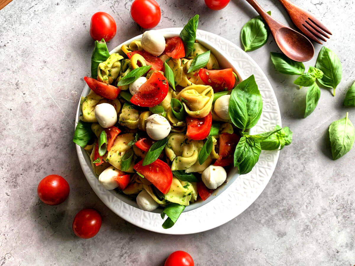 tortellini-salat italienisch